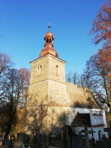 Kostel sv. Petra a Pavla vPetrovicích u Jihlavy